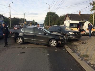 ДТП на вулиці Винниченка: постраждала одна людина – фото