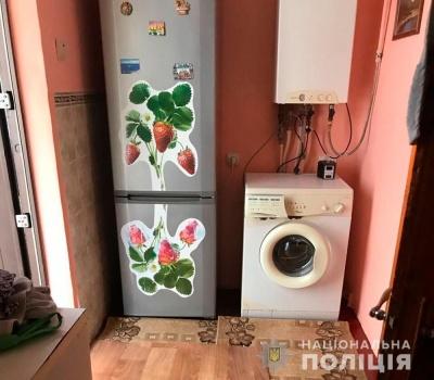 Винесли холодильник і диван: у Чернівцях подружжя обікрало орендований будинок