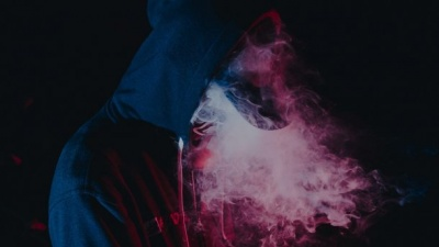 Від куріння вейпа померло 13 осіб: лікарі США б'ють на сполох