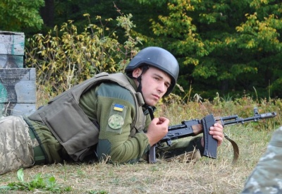 На Буковині десантники демонстрували свої бойові вміння на полігоні «Прибан» – фото