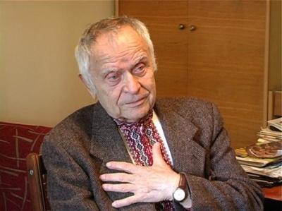 Сьогодні поет Дмитро Павличко святкує 90-річчя