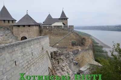 У Хотинській фортеці розпочали реставрацію – фото