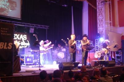 У Чернівцях відбувся благодійний концерт американського гурту