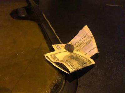 У Чернівцях водій «під кайфом» пропонував хабар патрульним