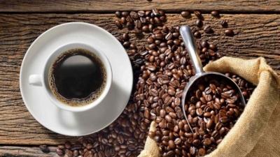 Не пийте надто гарячою: Супрун розповіла про користь та шкоду кави