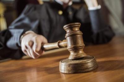 На Буковині судитимуть чоловіка, який намагався вивезти за кордон військові прилади
