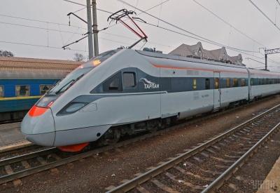 Укрзалізниця запустить ще один швидкісний потяг «Інтерсіті»