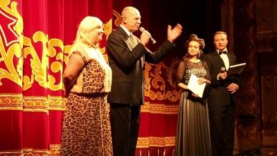 Фінанси і квитки: яким буде фестиваль комедії «Золоті оплески Буковини»