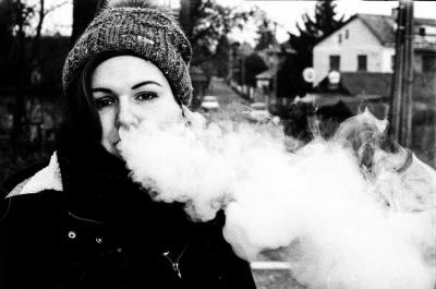У США вже 18 людей померли через куріння електронних сигарет