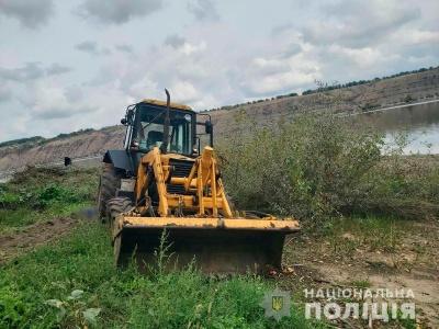 Смертельна ДТП на Буковині: водій екскаватора здійснив наїзд на напарника