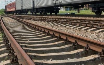 На Буковині священник потрапив під поїзд, йому потрібна допомога