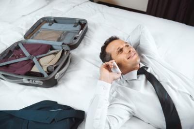 Які речі туристи найчастіше забувають у готелі: як повернути пропажу