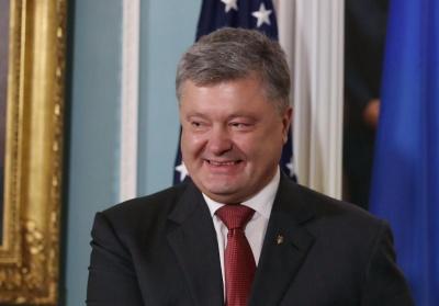 Порошенко процитував анекдот, коментуючи заяви Зеленського на прес-марафоні