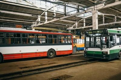 У Чернівцях тролейбуси №1 знову не вийшли на маршрути
