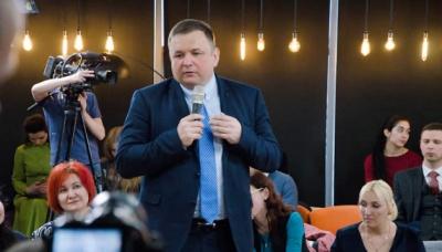 Одіозний суддя Шевчук намагається поновитися на посаді у КС