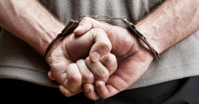 У Чернівцях засудили чоловіка, який побив і задушив свого батька