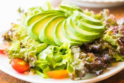 Салати з авокадо: топ-5 рецептів на будь-який смак