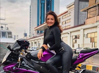 Популярна мотоблогерка загинула у страшній аварії під Києвом