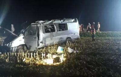 У Чехії розбився мікроавтобус, постраждали 10 українців
