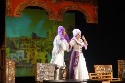 «Золоті оплески Буковини»: без форуму на канапі й вистава Чернівецького драмтеатру