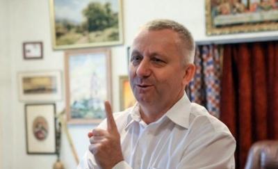 """Гендиректор хору ім. Верьовки прокоментував скандальний виступ із """"95 кварталом"""""""