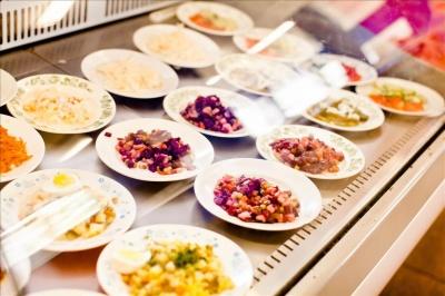 Страви - за рецептами учасника «Мастершеф»: у Чернівцях презентують систему нового харчування у школах