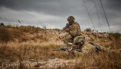 На Донбасі внаслідок мінометного обстрілу поранено українського військового