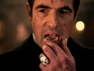 Netflix і BBC знімають новий серіал про Дракулу: офіційний тизер