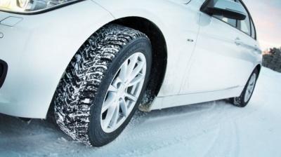 Укравтодор закликав водіїв перейти на зимову гуму