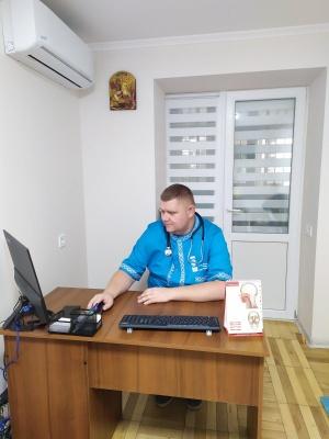 Юрій Сотничук перший у Чернівцях відкрив приватну медичну практику сімейного лікаря, запрошує пацієнтів (на правах реклами)