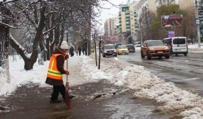Хто і де в Чернівцях розчищатиме сніг: перелік