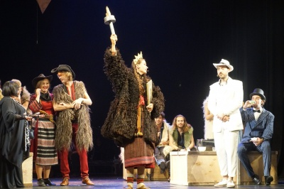 Назвали кращу виставу театрального фестивалю «Золоті оплески Буковини-2019»