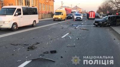 ДТП неподалік Чернівців: постраждали двоє водіїв і 2-річна дівчинка