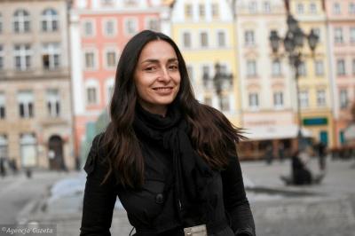 Ексчернівчанка стала асистенткою нобелівської лауреатки з Польщі