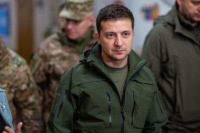 """Зеленський привітав ракетників та артилеристів зі святом та закликав тримати """"порох сухим"""""""