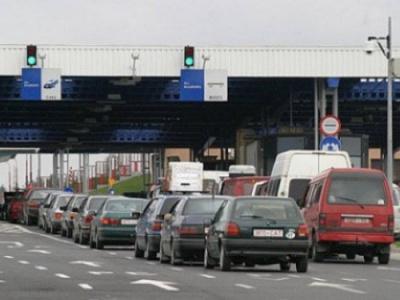На західному кордоні України у чергах зібралося 660 авто