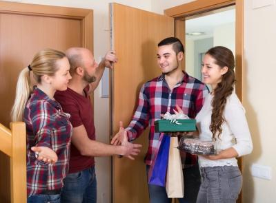 Як бути хорошим гостем і господарем: правила етикету