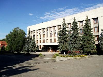 В Ужгородській міськраді здійснюють обшуки у справі щодо виділення земельних ділянок