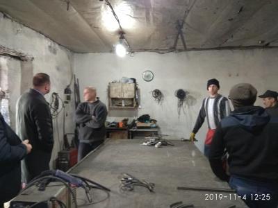 У селі на Буковині виявили підпільну ковальську майстерню