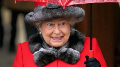 93-річна королева Єлизавета ІІ відмовилася від натурального хутра