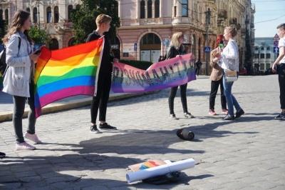 ЛГБТ-пристрасті: депутати не хочуть розглядати вето мера, бо Каспрука немає в Чернівцях