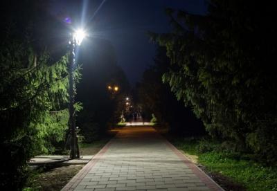 Анекдот дня: випадок у темному парку