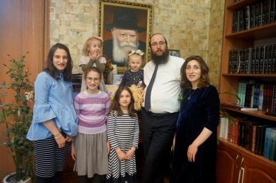 «У мене десять братів і ми  всі равини», - чернівецький ребе
