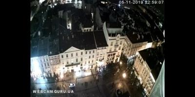 У Львові вдруге сталася бійка між футбольними фанатами — відео