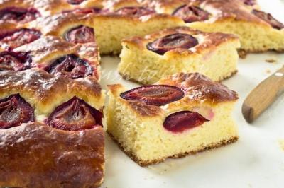 Як приготувати смачний пиріг: 4 солодкі рецепти