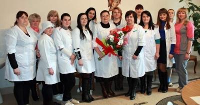 Лікарі отримують по 12-16 тисяч гривень: НСЗУ розповіла про амбулаторію на Буковині