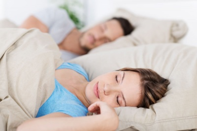 Вчені з'ясували, що кількість сну впливає на зарплату співробітників