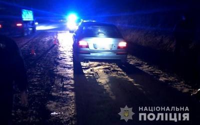 ДТП на Буковині: водій збив чоловіка, який раптово вийшов на дорогу