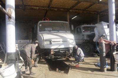 Як комунальники у Чернівцях готуються до зими на дорогах – фото