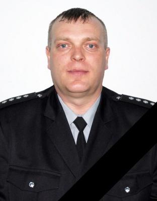 На Буковині після важкої хвороби помер 41-річний капітан поліції